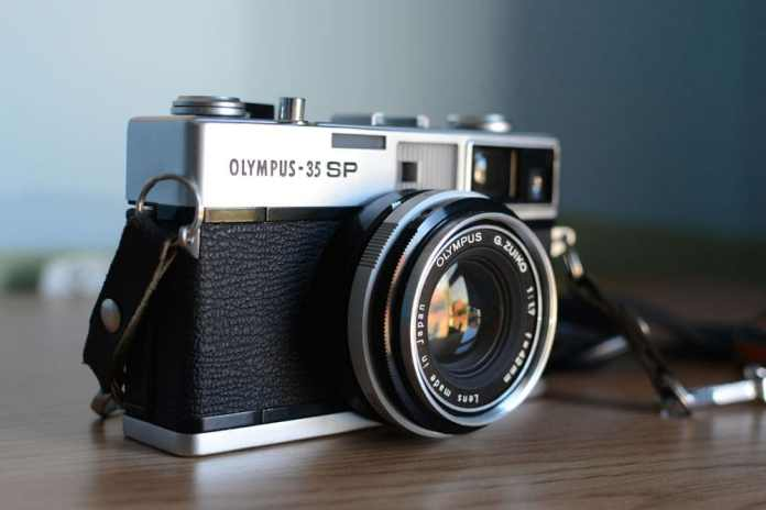 Olympus 35 SP - Front Angle