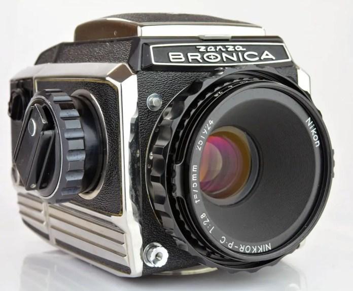Zenza Bronica S2A - Front Left