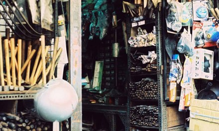 Bric-a-brac – Shot on Kodak EKTACHROME 200 (EPD) at EI 200 (120)