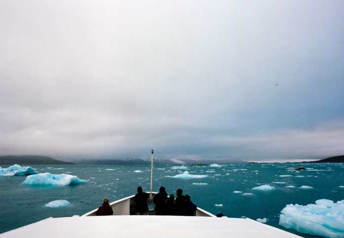 Ice Watch Svalbard - Contax 645, Kodak Portra 400