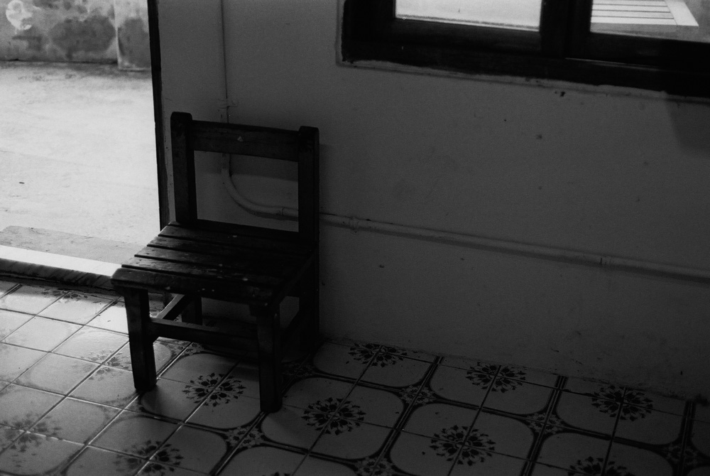 Naughty chair - Shot on Fuji NEOPAN 400 at EI 400 (35mm format)
