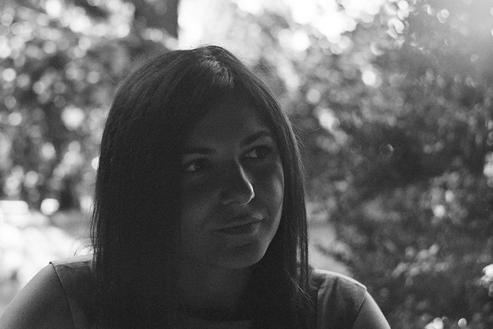 Barbara, Ilford XP2 Super, Zenit Moskva 80, Helios 44-2 58mm f2, Amandola
