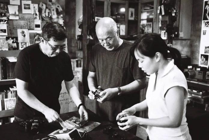 Jojo Colina, Bobit, and myself. Bobit trying to explain how stuff works ahahahha. Photo shot by Jed Calara (ILFORD HP5 PLUS)
