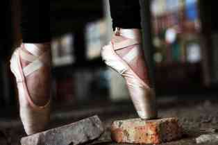 Let's Explore Magazine 02 -Perseverance - Dance
