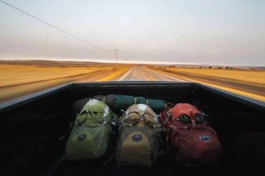 Let's Explore Magazine 02 -Perseverance - Travel - Lukas Robertson