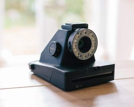 Impossible I-1 - Viewfinder closed