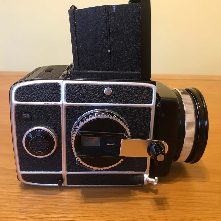 Rolleiflex SL66 - Right