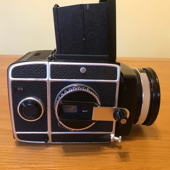 Rolleiflex SL66 - Right