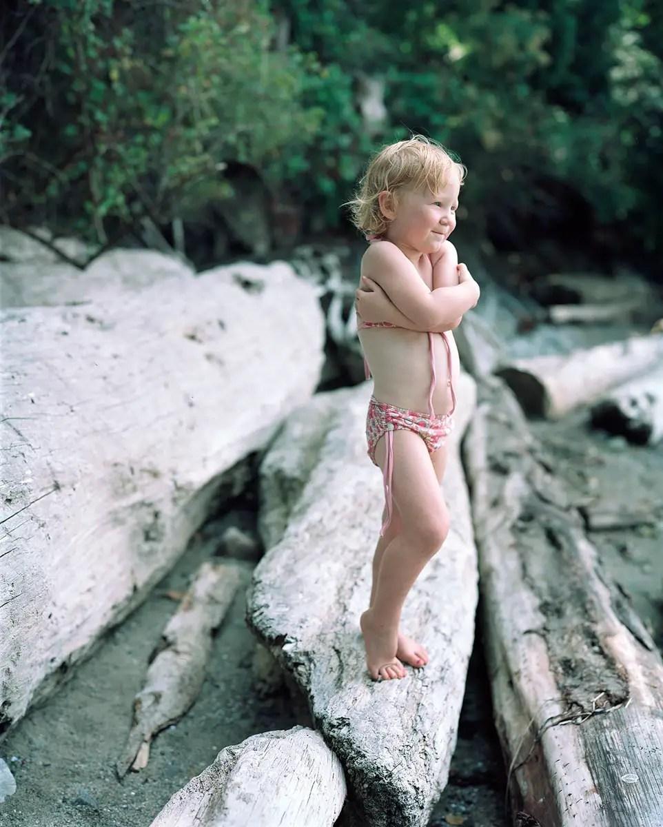 Elise on log - Kodak Portra 160NC