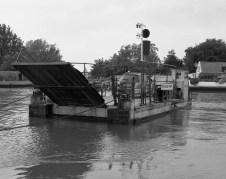 Reedham chain ferry, Norfolk - ILFORD Delta 400 Professional, ILFORD ID-11, 1+1, 14mins, 68°F