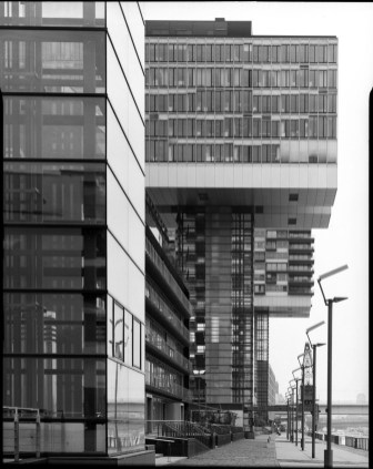 Cologne river front, Rodenstock Apo-Ronar 300mm, lens shifted, Ilford HP5+ in HC-110 B