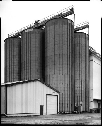 Grain Elevator, Schneider Symmar 150mm, lens shifted, Ilford HP5+ in Rodinal 1+50