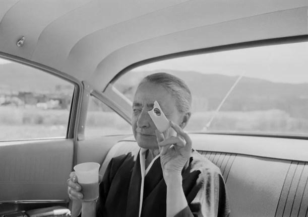 Tony Vaccaro - Georgia O'Keeffe and Cheese - Taos Pueblo, New Mexico, 1960