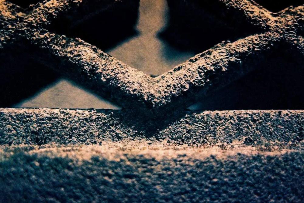 365 textures #04 - Shot on Kodak EKTACHROME 160T (ET160 5077) at EI 160. Color reversal (slide) film in 35mm format.