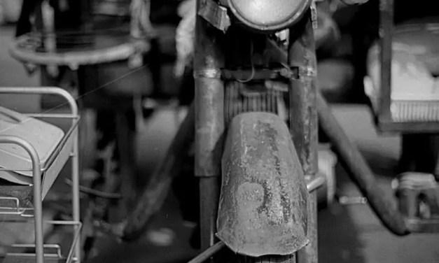 Old timer – Shot on Efke KB25 at EI 25 (35mm format)