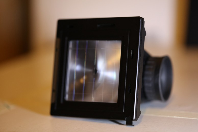 Mount - Focus screen and Hasselblad Reflex Viewfinder RMFX 72530