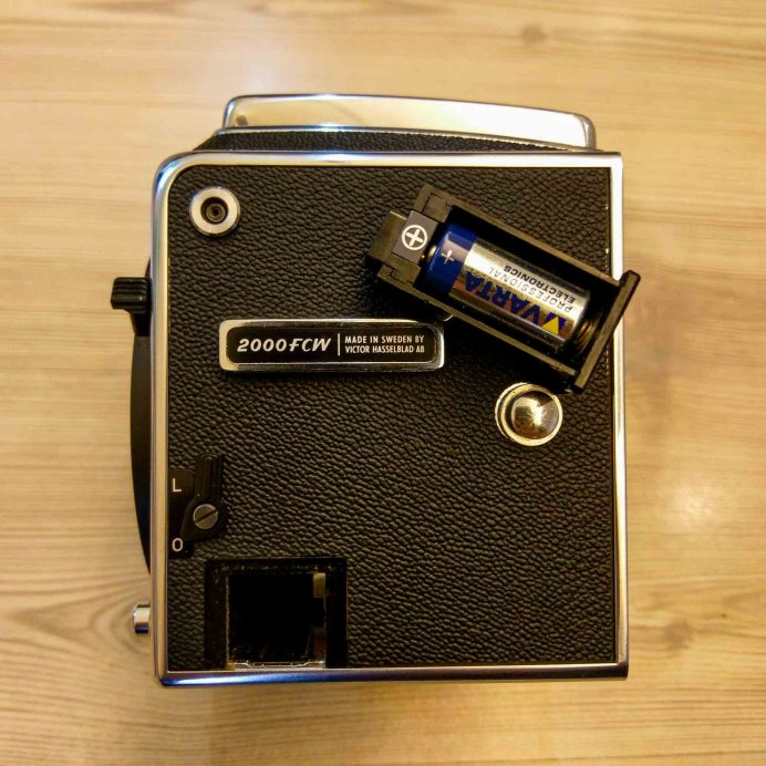 Hasselblad 2000FCW body - Left (battery removed)
