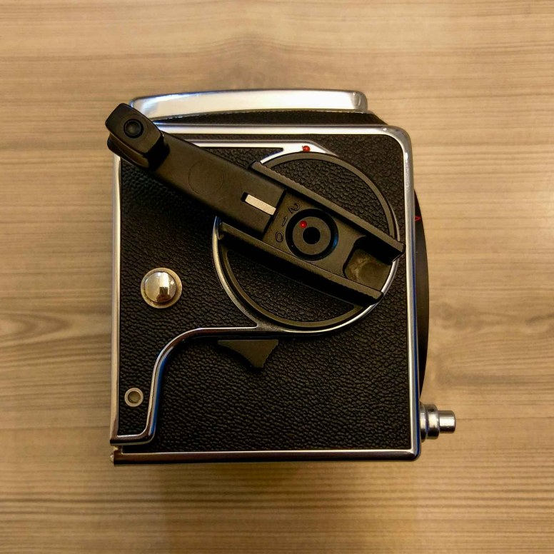 Hasselblad 2000FCW body - Right (crank out)