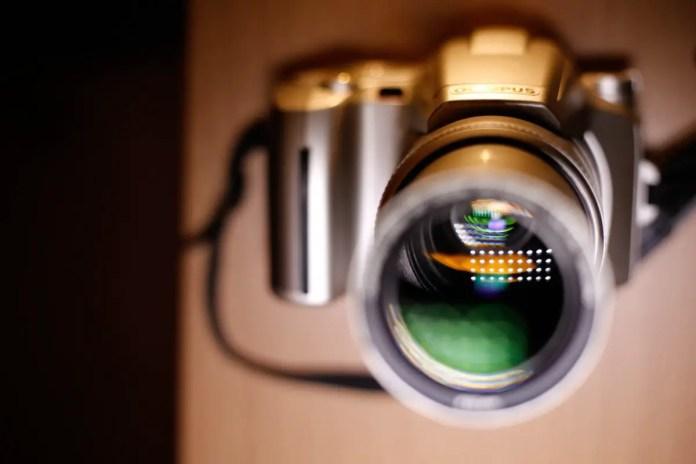 Olympus IS-5000 - Lens