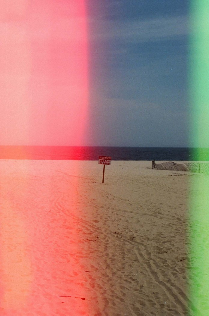5 Frames With... Psychedelic Blues (EI 400 / 35mm / Nikon N80) - by KristenWithACamera