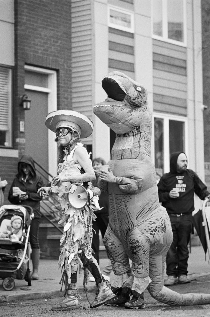 Kensington Kinetic Sculpture Derby, Nikon F2AS, 105mm f/2.5 Nikkor-P (AI converted), Tri-X 400