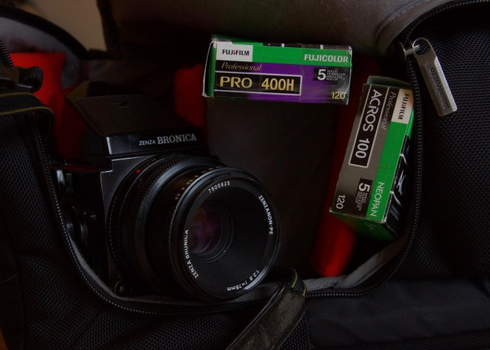 Bronica ETRSi and film