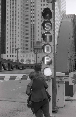 Following in Vivian Maier's footsteps - Stop!