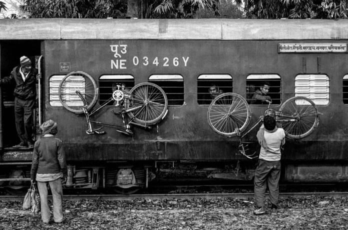 5 Frames With... ORWO N74 plus (EI 400 / 135 / Nikon FM2) - by Nandakumar Narasimhan