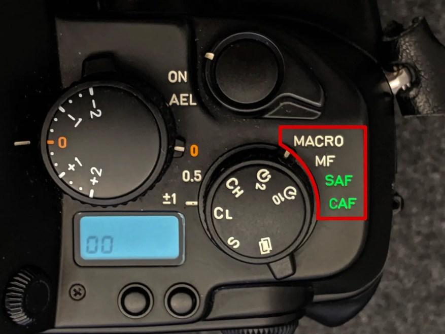 CONTAX AX - Focus mode dial close-up