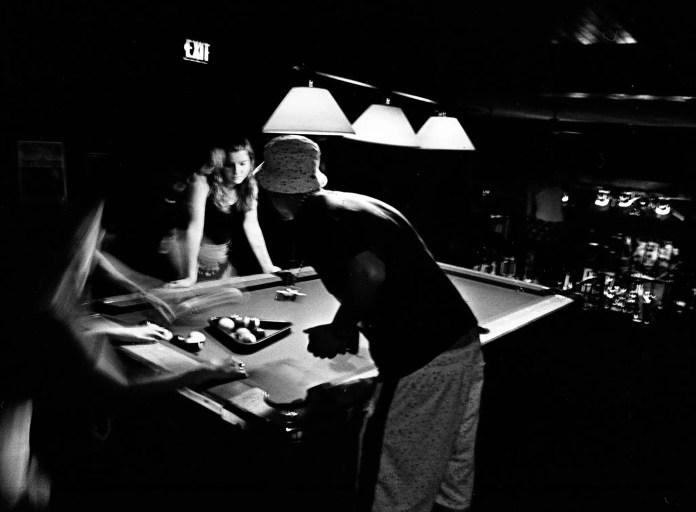 ILFORD FP4 PLUS Long exposure in a bar in Ottawa using a Leica Standard