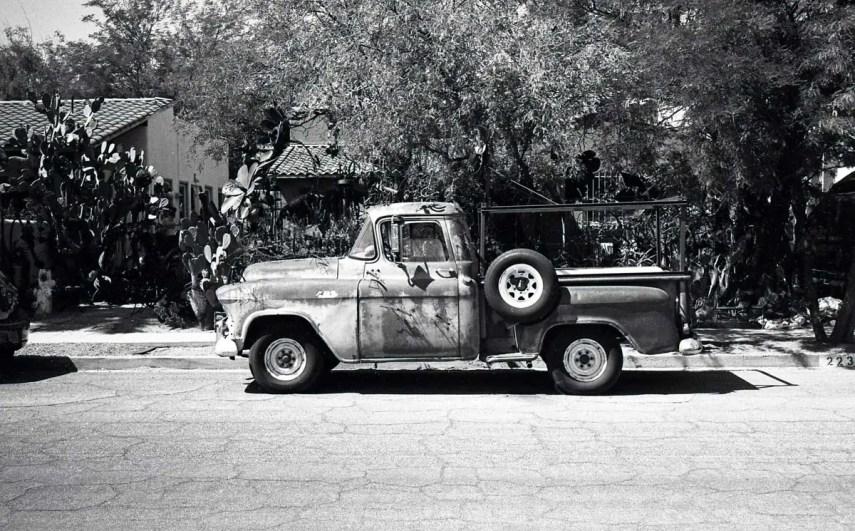 Leica M3, Voigtlander Nokton 40mm f/1.4, f/16 @ 1/500th - Kodak Tri-X 400