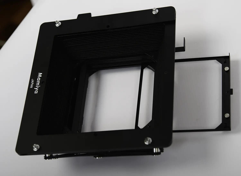 Mamiya RZ67 G2 and G3 compendium shade filter holders
