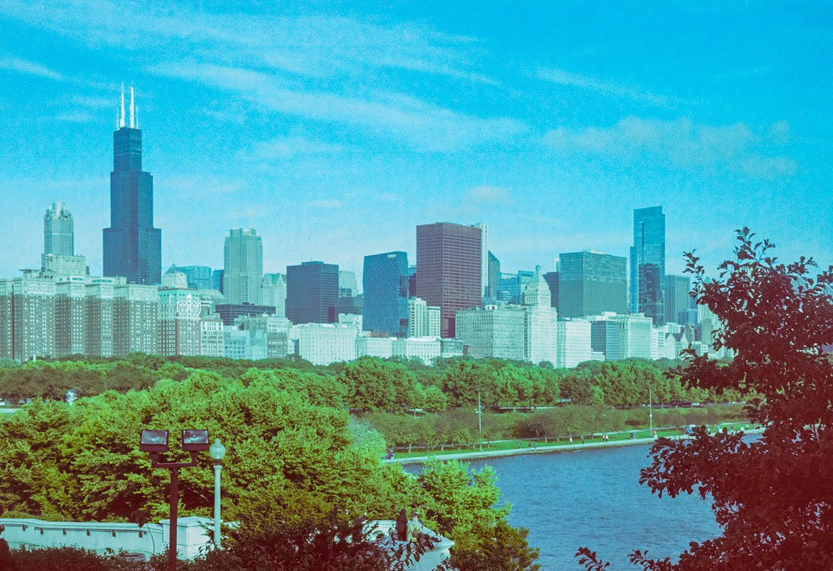 Chicago Cityscape - 5 Frames With... Revolog 600nm (35mm / EI 200 / Voigtländer Vito CL) - by Wendy Chapman