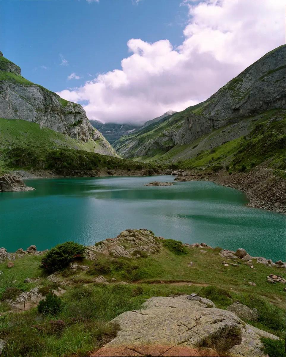 Mamiya RZ69 Pro II + 50mm f/4.5W - Fuji PN 160NS - Lac des Gloriettes (Hautes Pyrénées)