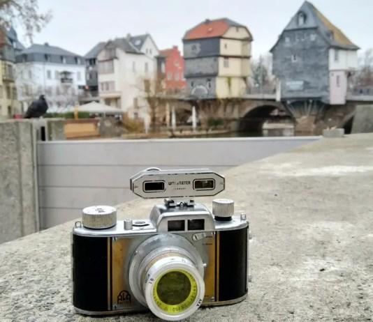Akarette II, external rangefinder and yellow filter