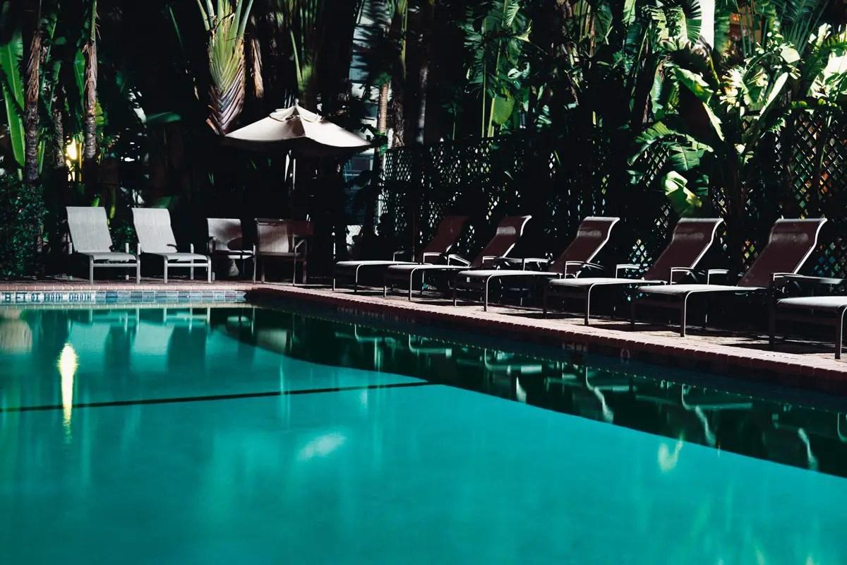 From the series 'Dead Time' / Bronica ETR-Si / Kodak Portra 400 VC / taken in Miami, USA