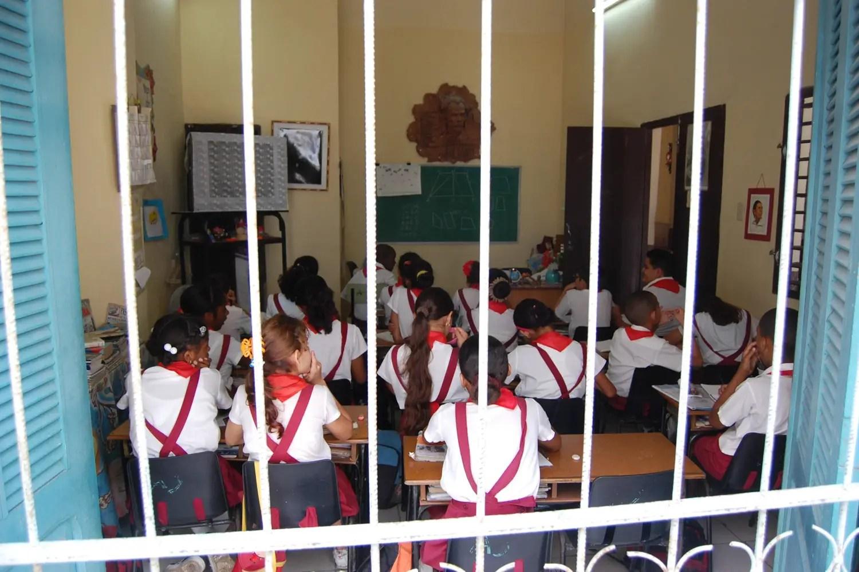 School room, Havana, 2010 - Nikon D40