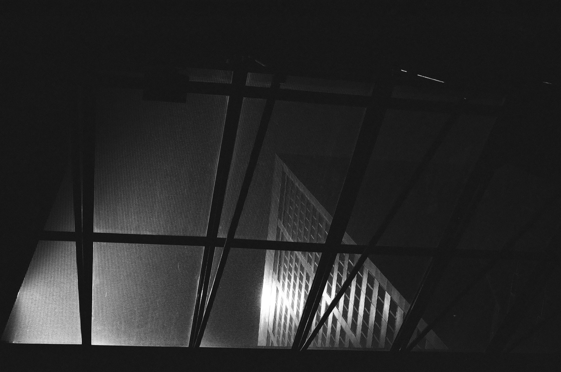 5 Frames With... JCH Streetpan 400 (EI 400 / 35mm format / Nikon FM2n) - by Paul Sutton
