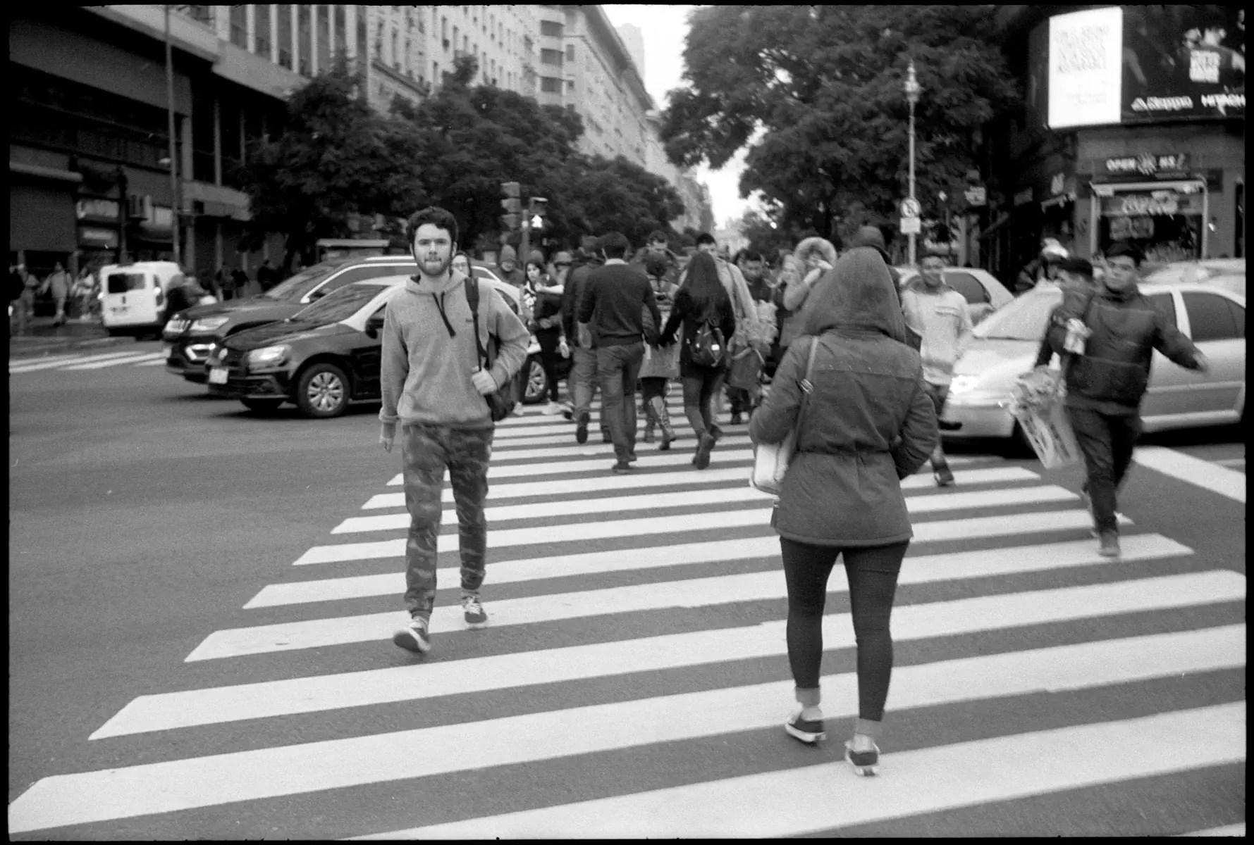 5 Frames With... Kodak T-MAX 100 (EI 50 / 35mm format / Leica IIIf) - by Simón Ducos