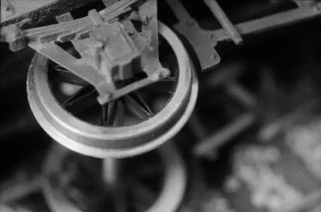 Leica Visoflex plus 50mm Elmar on M1 - ILFORD HP5 PLUS, 2 secs at f:16