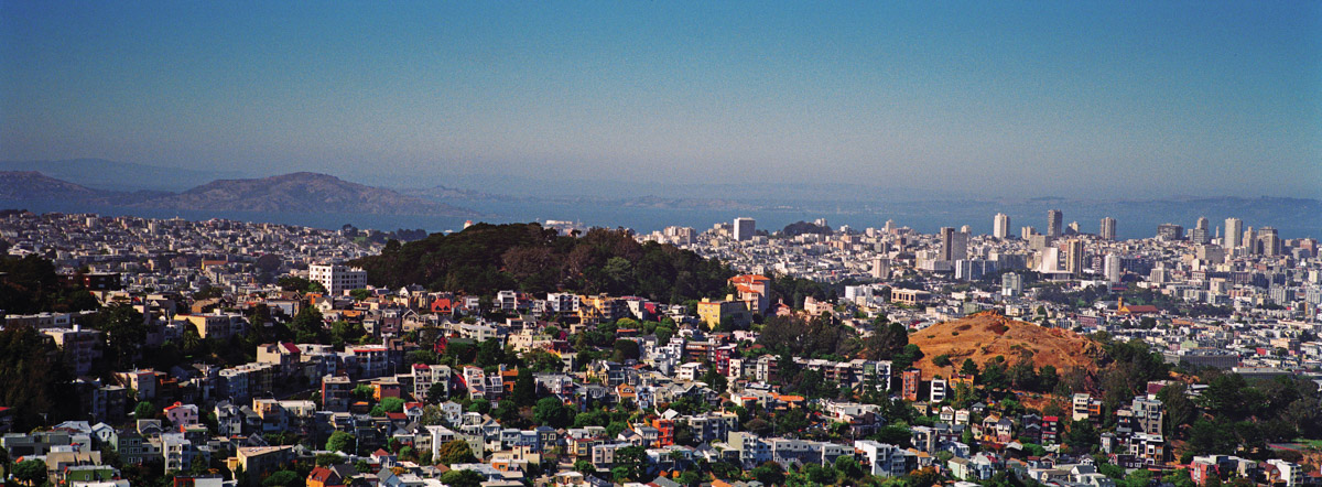 Aerial View of San Francisco from Twin Peaks, San Francisco, California, August 2016 (Vertigo, 1958). Hasselblad Xpan, Fujinon 30mm/f5.6, Fuji Superia, N+1, f/16@1/125 sec. Photo by Robert Jones, Copyright © Middlebrow Books, L.L.C., 2019. All Rights Reserved.