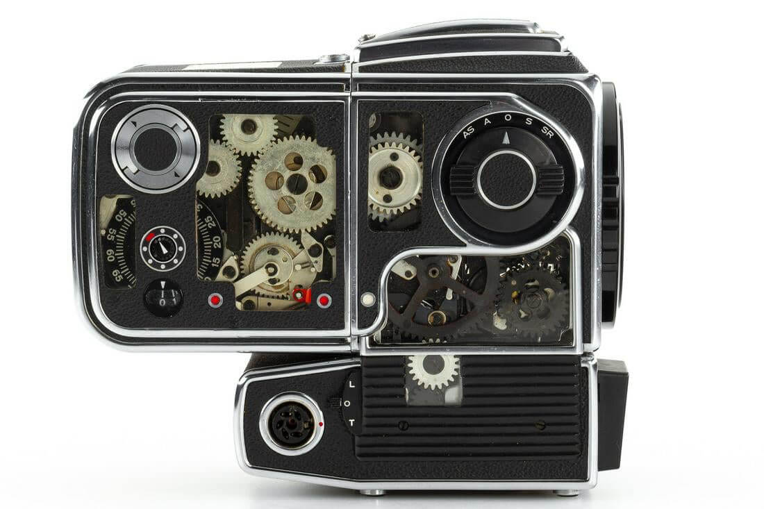 Leitz Photographica Auction - Hasselblad 500 ELM cut-away (right)