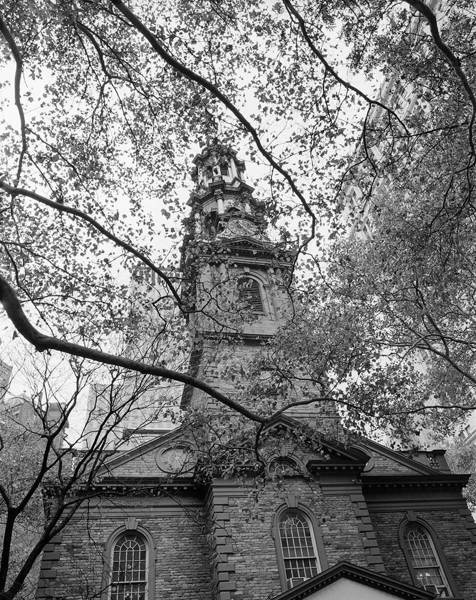 Peter Rockstroh - St. Paul's Chapel, Manhattan, New York - ILFORD HP5 PLUS in Pyro PMK, Pentax 67II, 45mm