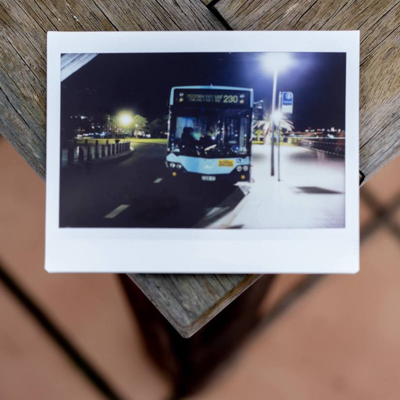 MiNT Instakon RF70 + Fujifilm Instax Wide - Bus