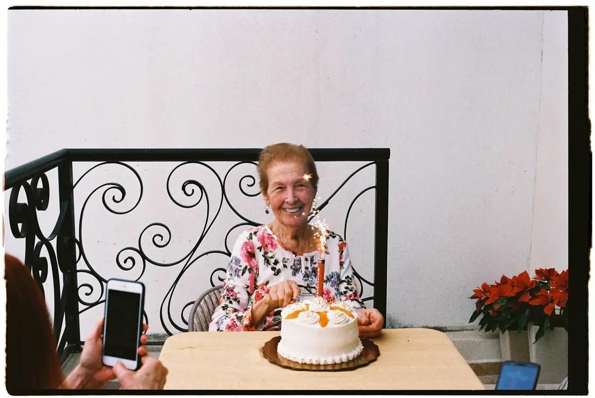 5 Frames... Of life in Mexico during quarantine (Kodak UltraMax 400 / 35mm Format / EI 400) - by Gerardo Montoya