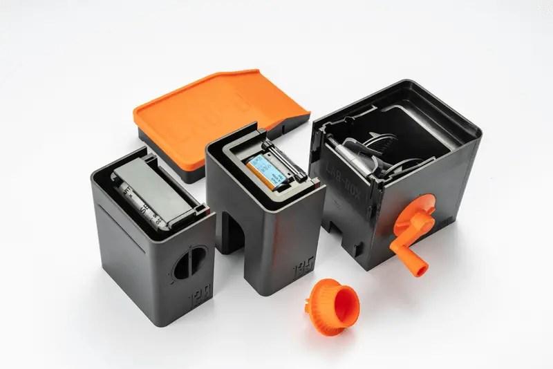 Lab-Box (copyright ARS-Imago)