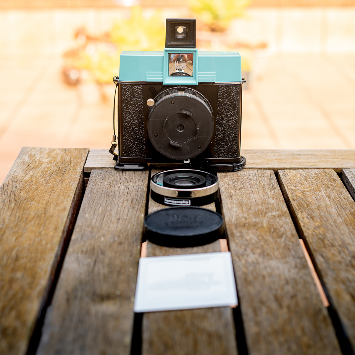 Lomography Diana Instant Square - Lens Removed