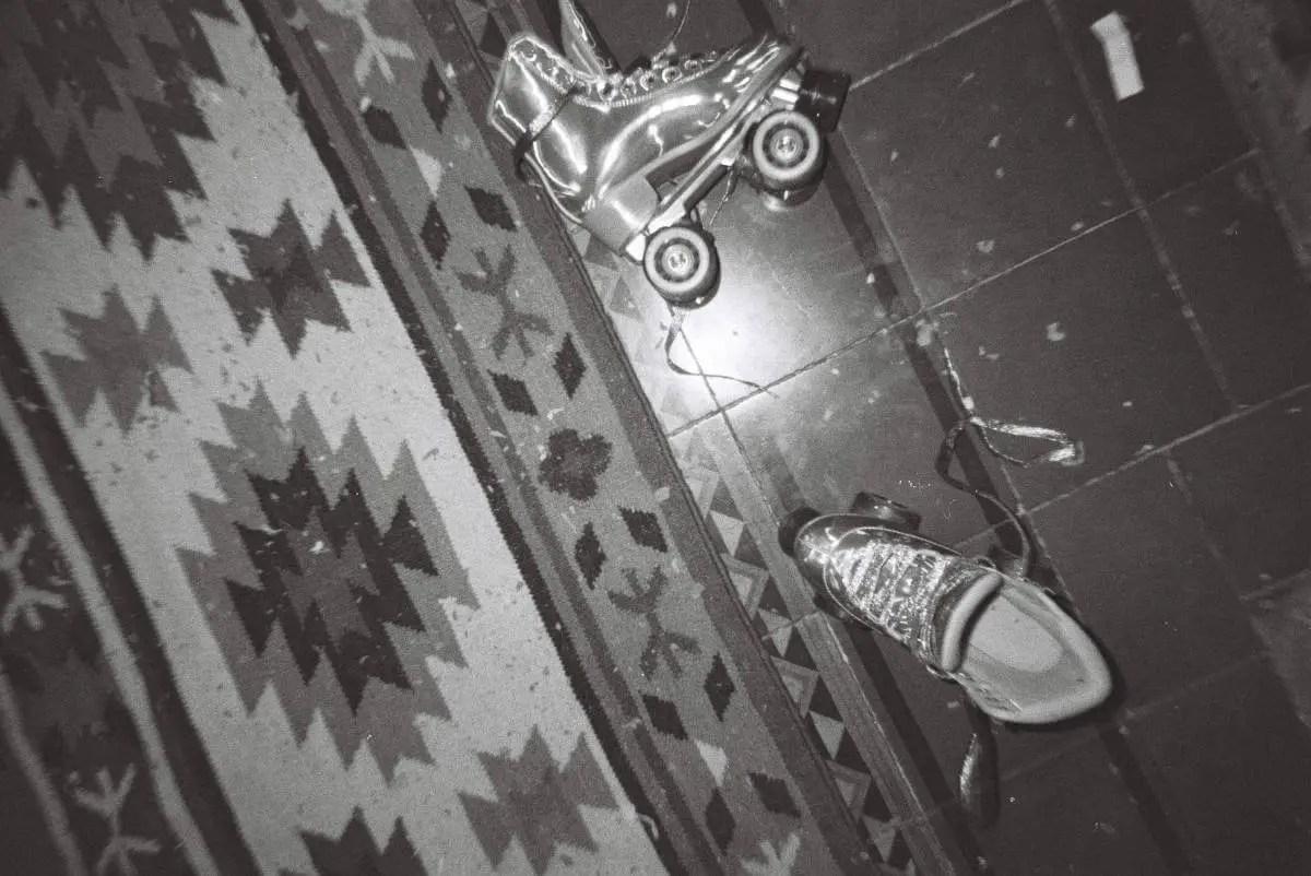 dubblefilm DAILY Black & white - SHOW