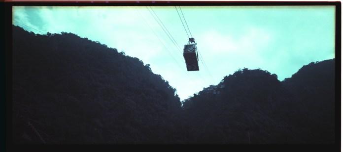 Cable cars - Shot on Lomogr