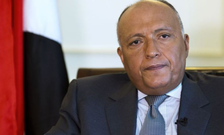 Photo of Shoukry calls for deescalation of tensions on the ground in Libya